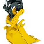 John Deere hydraulic coupler allows easy attachment switches on compact excavators